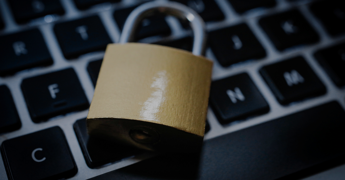Datenschutz Schloss auf Laptop Tastatur